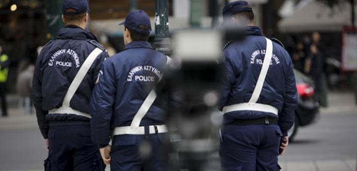 Μπαράζ συλλήψεων οδηγών πειρατικών ταξί από την Τροχαία
