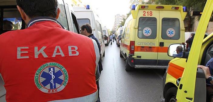 Μεθυσμένος άνδρας επιτέθηκε σε διασώστη του ΕΚΑΒ στην Πάτρα