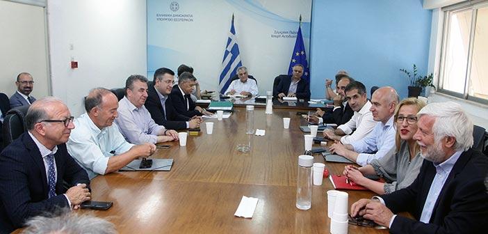 Σε «τοίχο» έπεσε η ΕΝΠΕ στη συνάντηση με τον υπουργό Εσωτερικών