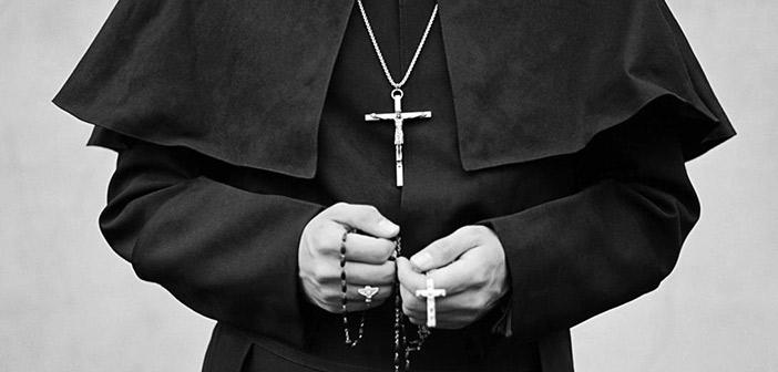 ΗΠΑ: Ποινική δίωξη σε καθολικό ιερέα για κατοχή παιδικής πορνογραφίας