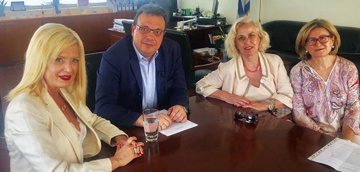 Τον αν. υπουργό Ενέργειας & Περιβάλλοντος επισκέφθηκε η Μαρίνα Πατούλη-Σταυράκη για το καφεκοπτείο στη Λυκόβρυση