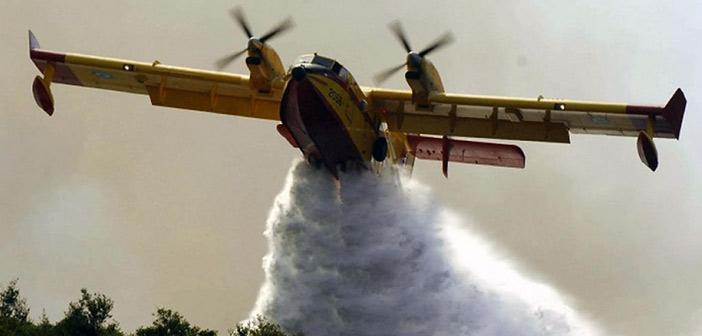 Προβλήματα στον στόλο των Canadair – «Σηκώθηκαν» 8 τη Δευτέρα, σήμερα πέταξαν μόλις 3