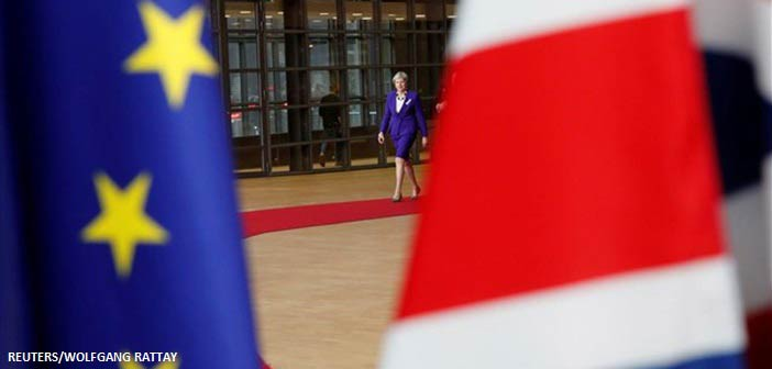 Η ώρα της αλήθειας για το Brexit: Oι προθέσεις Μπαρνιέ και η στρατηγική Μέι