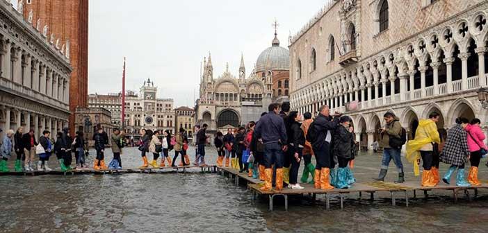 Ιταλία: Στους 11 οι νεκροί από τη σφοδρή κακοκαιρία – Πλημμύρισε η Βασιλική του Αγίου Μάρκου
