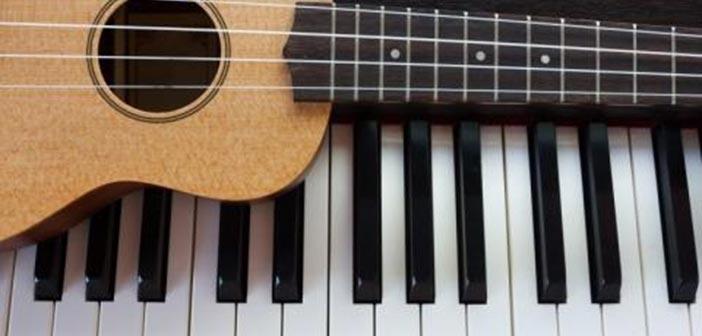 Οι μαθητές των τμημάτων μουσικής του Δήμου Ηρακλείου Αττικής παίζουν για το κοινό