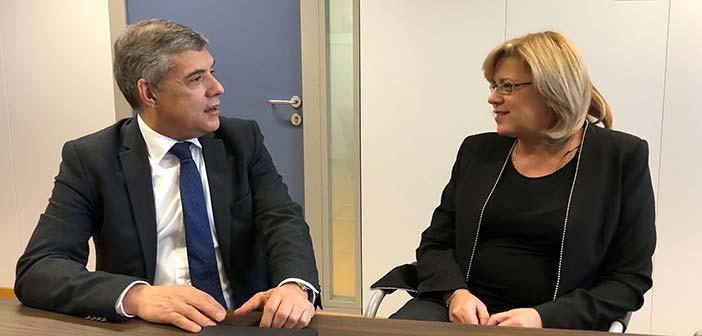 Συνάντηση προέδρου ΕΝΠΕ με την επίτροπο Περιφερειακής Ανάπτυξης της Ε.Ε.