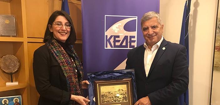 Συνάντηση του προέδρου της ΚΕΔΕ με τη νέα πρέσβη του Μαυροβουνίου στην Αθήνα