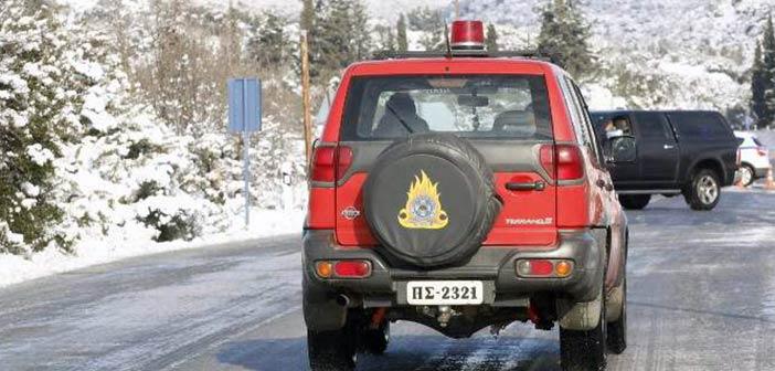 Έξι σημεία που δεν μπορούμε ακόμη να περάσουμε με το όχημά μας στην Αττική εξαιτίας του χιονιού