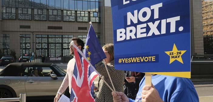 Πάνω από 3 εκατ. οι υπογραφές για την ακύρωση του Brexit