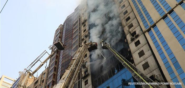 Μπαγκλαντές: Νεκροί, τραυματίες και πολλοί παγιδευμένοι σε φλεγόμενο κτήριο