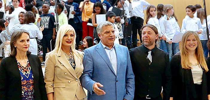 Η. Μ. Πατούλη-Σταυράκη στη χορωδιακή συνάντηση Δημοτικών Σχολείων του Αμαρουσίου