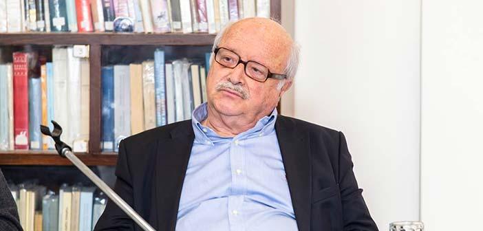 Ο καθηγητής Θ. Βερέμης στο Ελεύθερο Πανεπιστήμιο Δήμου Κηφισιάς