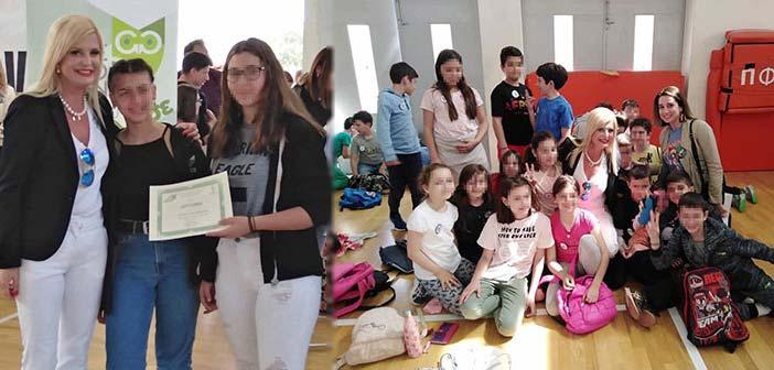 Η Μ. Πατούλη-Σταυράκη στην απονομή επάθλων του 2ου διαγωνισμού «We Go Green Maroussi»