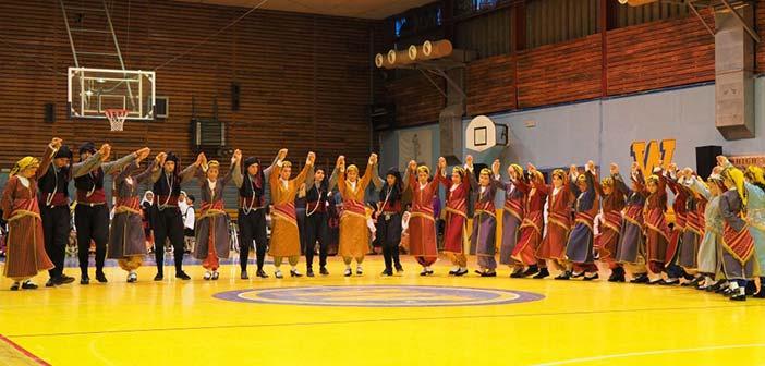 Παραδοσιακούς χορούς από όλη την Ελλάδα παρουσίασαν παιδιά από το πρόγραμμα του Αθλητικού Κέντρου Δήμου Αμαρουσίου