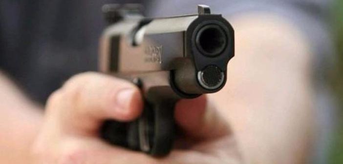 Πυροβολισμοί έξω από καφενείο στον Νέο Κόσμο
