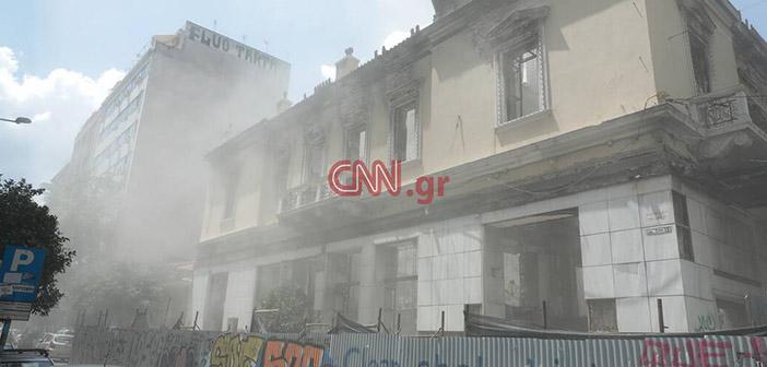 Οι πρώτες ζημιές από τον μεγάλο σεισμό στην Αθήνα