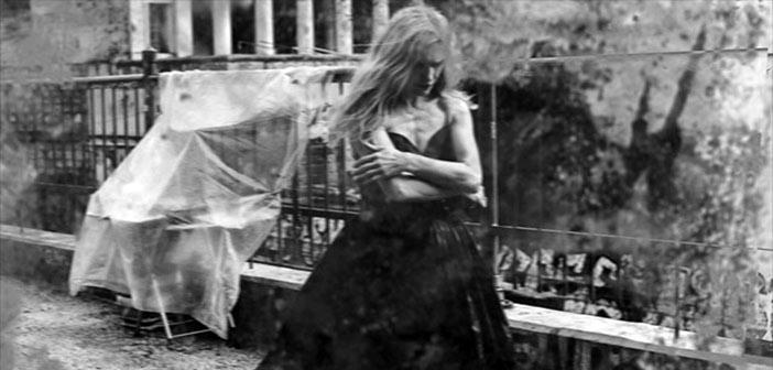 Ο άνομος έρωτας της Φαίδρας στο ατμοσφαιρικό θεατράκι της Μικρής Επιδαύρου
