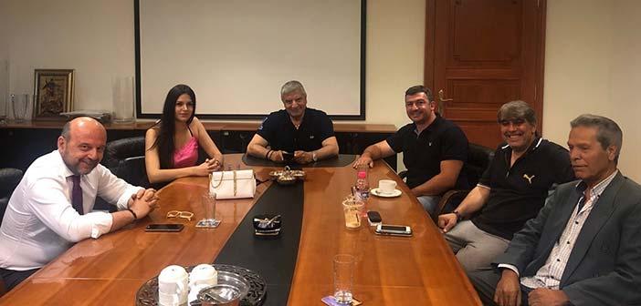 Συνάντηση Γ. Πατούλη με την Πανελλαδική Συνομοσπονδία Ελλήνων Ρομά