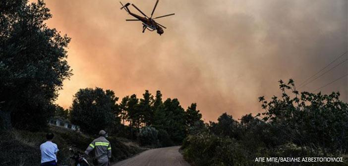Πυροσβεστική: 44 πυρκαγιές το Σάββατο, υψηλός κίνδυνος σε Αττική, Εύβοια την Κυριακή
