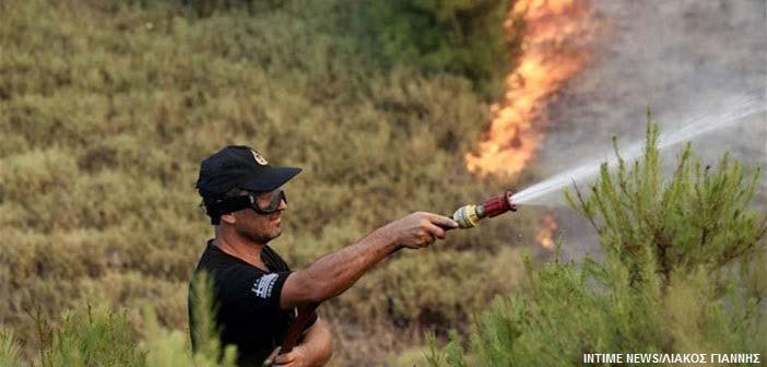 Πολύ υψηλός ο κίνδυνος πυρκαγιάς και την Τρίτη