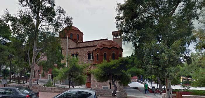 «Ξάφρισαν» παγκάρι εκκλησίας στην πλατεία του Ψυχικού