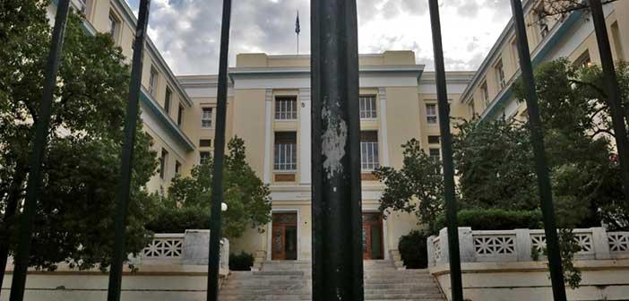 «Σκούπα» της Δίωξης Ναρκωτικών έξω από την ΑΣΟΕΕ – 23 προσαγωγές, 1 σύλληψη