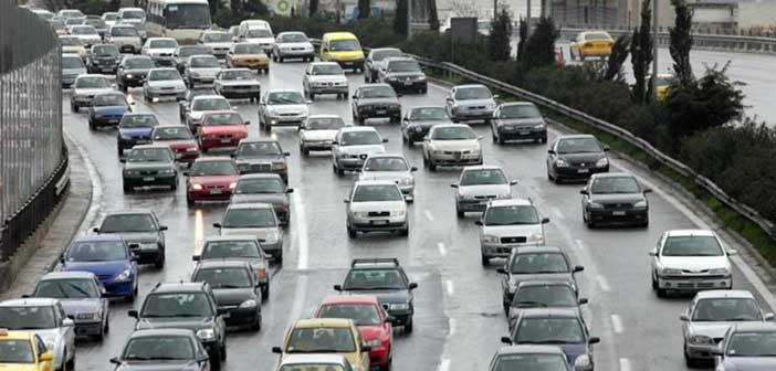 Πολύ αυξημένη κίνηση στους δρόμους της Αθήνας λόγω απεργίας
