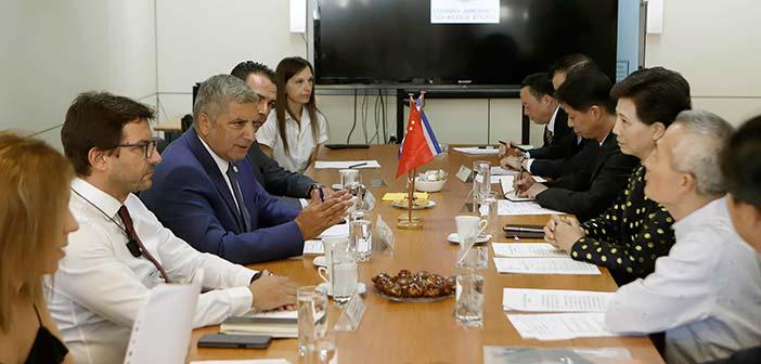 Συνάντηση περιφερειάρχη Αττικής με αντιπροσωπεία κινεζικής επαρχίας