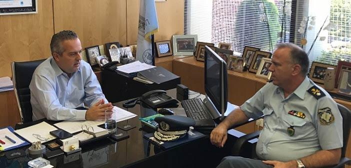 Την εντατικοποίηση της αστυνόμευσης συζήτησαν δήμαρχος Παπάγου – Χολαργού και αστυνομικός δ/ντής Β/Α Αττικής
