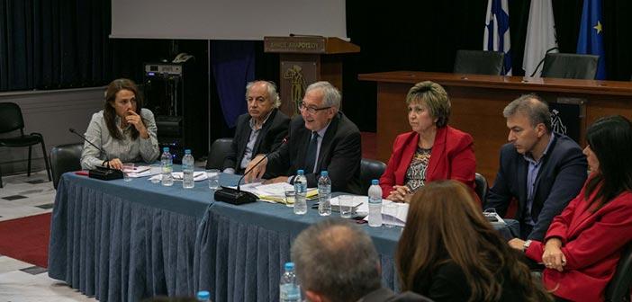 Συνάντηση δημάρχου Αμαρουσίου με τους δ/ντές σχολείων Α/βάθμιας Εκπαίδευσης του Δήμου