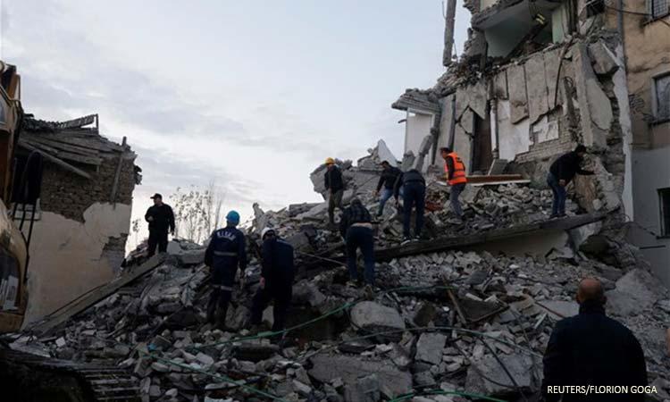 Τρεις νεκροί από τα 6,4 Ρίχτερ στην Αλβανία