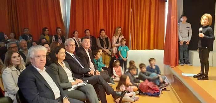 Στην εκδήλωση του 7ου Δημοτικού Αγ. Παρασκευής για το Πολυτεχνείο η υπουργός Παιδείας