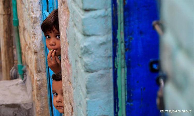 Unicef: H κλιματική αλλαγή απειλεί τα παιδιά