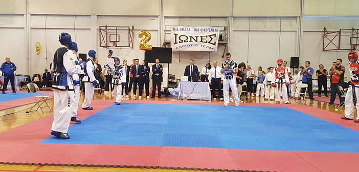 Πανελλήνιοι αγώνες Τάε Κβον Ντο στο κλειστό γυμναστήριο Ηρακλείου Αττικής