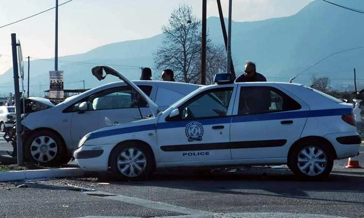 Ληστές παρέσυραν με αυτοκίνητο και σκότωσαν ηλικιωμένη