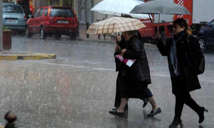 Κακοκαιρία «Διδώ»: Ισχυρές βροχές και καταιγίδες την Πέμπτη