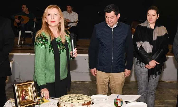Πλήθος κόσμου στην κοπή πρωτοχρονιάτικης πίτας του Συλλόγου Κρητών «Ο Τάλως»