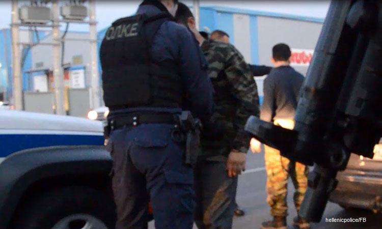 Αστυνομική επιχείρηση στην Αττική: Χειροπέδες σε 71 άτομα έβαλε σε μία μέρα η Άμεσος Δράση