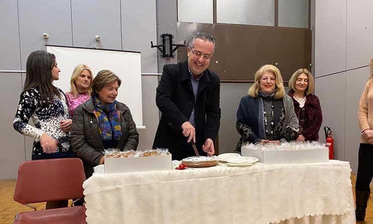 Στην κοπή πρωτοχρονιάτικης πίτας της Μικτής Χορωδίας Δήμου Παπάγου – Χολαργού ο δήμαρχος