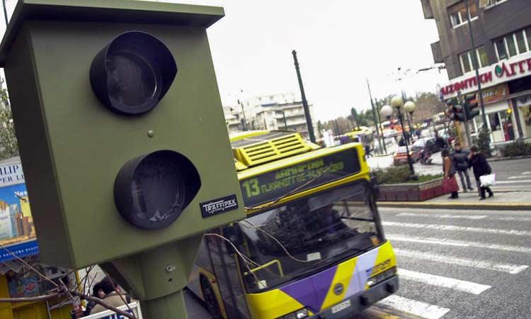 «Φωτιά» πήραν τα μπλοκάκια της τροχαίας για τις λεωφορειολωρίδες
