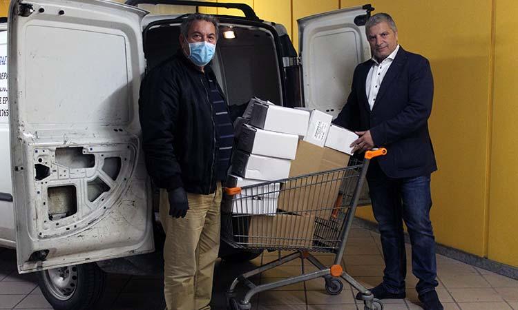 Παραδόθηκαν αντισηπτικά και μάσκες προστασίας στην Πανελλήνια Ομοσπονδία Συλλόγων Εθελοντών Αιμοδοτών