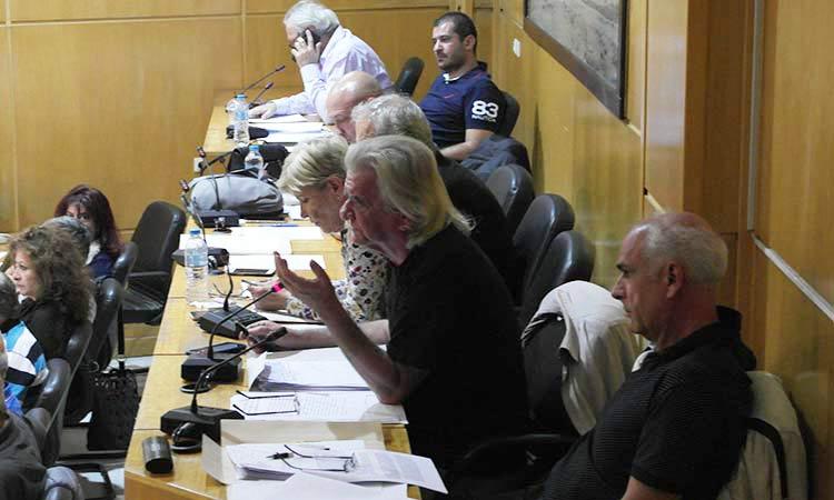Ενότητα για τη Νέα Ιωνία: «Πολεμικό κλίμα» από τη δήμαρχο στο Δημοτικό Συμβούλιο