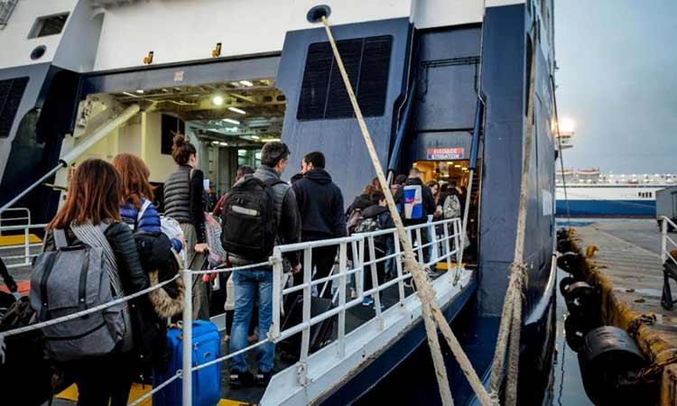 Λιμενικό: Αναλαμβάνει από την Πέμπτη τους ελέγχους για την επιβίβαση ταξιδιωτών στα πλοία