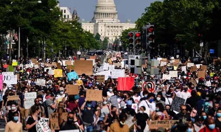 ΠΕΑΕΑ-ΔΣΕ Χαλανδρίου: Αλληλεγγύη στον αμερικάνικο λαό και τη νεολαία