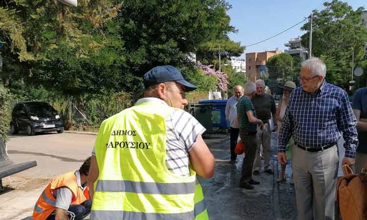 Εργασίες καθαριότητας και συντήρησης πρασίνου στην περιοχή του Παραδείσου Αμαρουσίου την Τετάρτη 1 Ιουλίου
