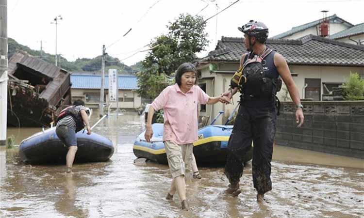 Ιαπωνία: Στους 34 οι νεκροί από τις καταρρακτώδεις βροχές