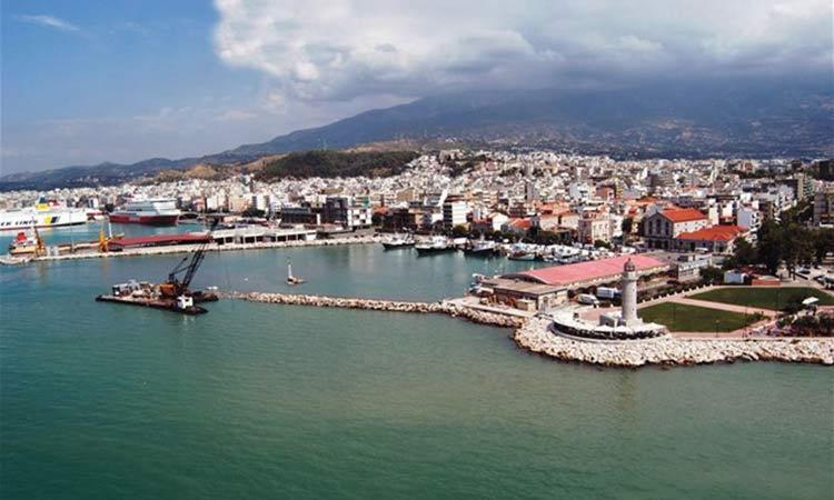 Περισσότεροι από 1.000 επιβάτες αναμένεται να φθάσουν αύριο στο λιμάνι της Πάτρας
