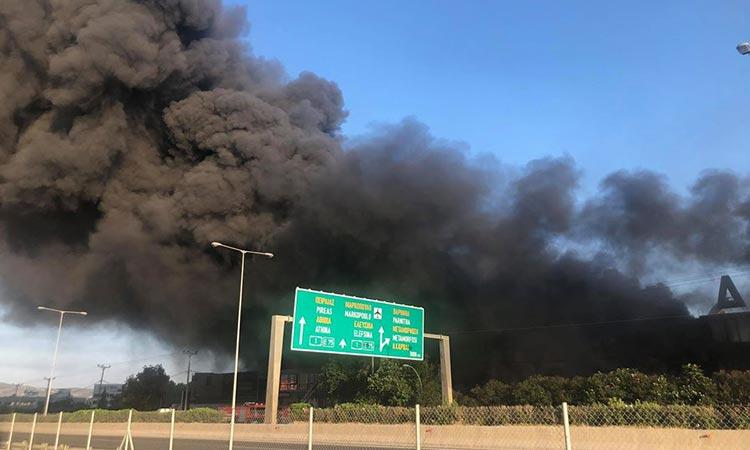 Μέτρια επιβάρυνση μόνο κατά τα πρώτα 24ωρα μετά την πυρκαγιά στο εργοστάσιο στη Μεταμόρφωση δείχνει το πόρισμα