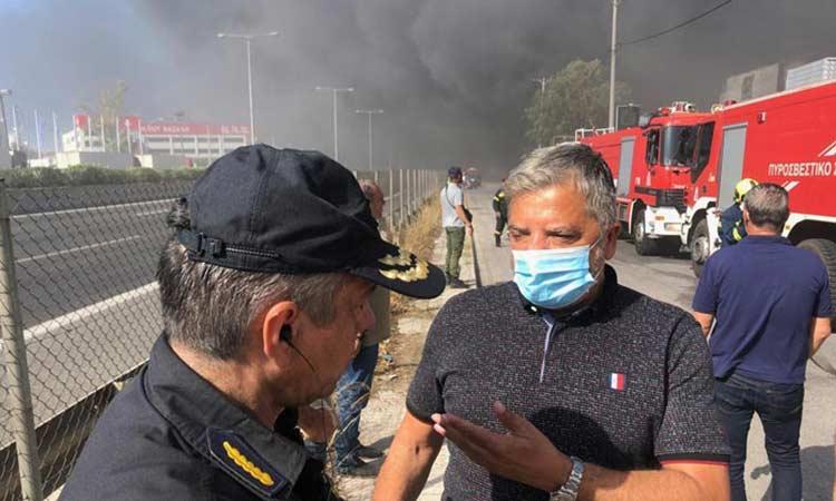Επί ποδός η Περιφέρεια για τη ρύπανση από τη φωτιά στη Μεταμόρφωση