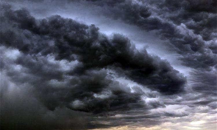 ΗΠΑ: Ενισχύεται η καταιγίδα «Κάλι», προσεγγίζει τις πετρελαϊκές εγκαταστάσεις στον Κόλπο του Μεξικού
